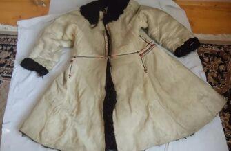 зимнюю распашную одежду из овечьих шкур