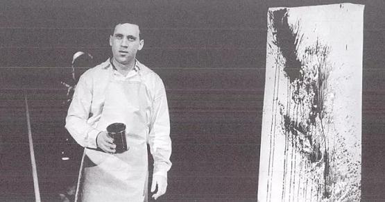 В каком спектакле Владимир Высоцкий использовал реквизит, как на фото